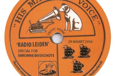 Muziek uit de oude doos voor een Antwerps meisje van 90+