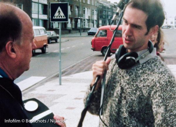 Jean Rouch overlegt met Robert Busschots